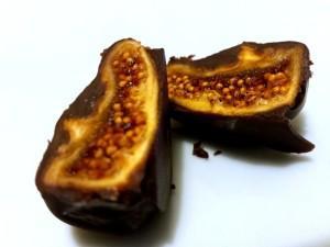 Fichi secchi cioccolato e nocciole