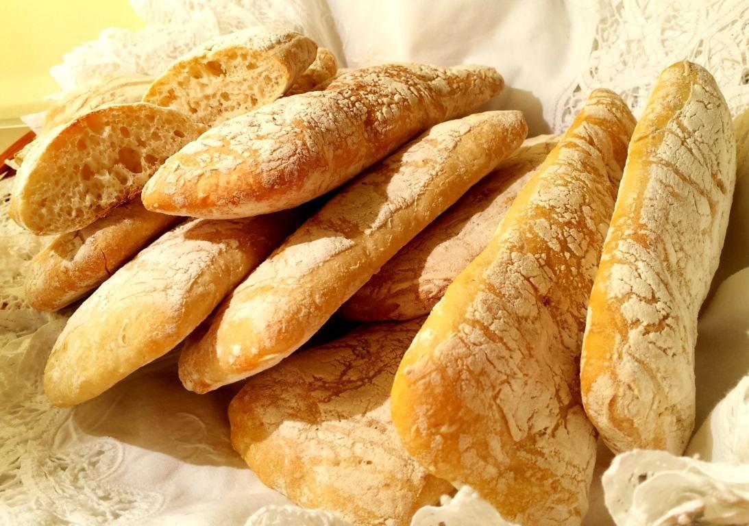 Pane ciabatta friabile e morbidissimo fatto in casa