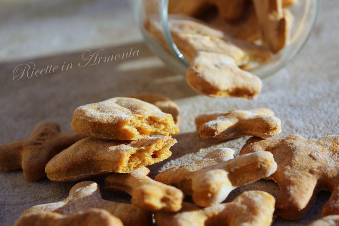 Biscotti per cani tonno e carote