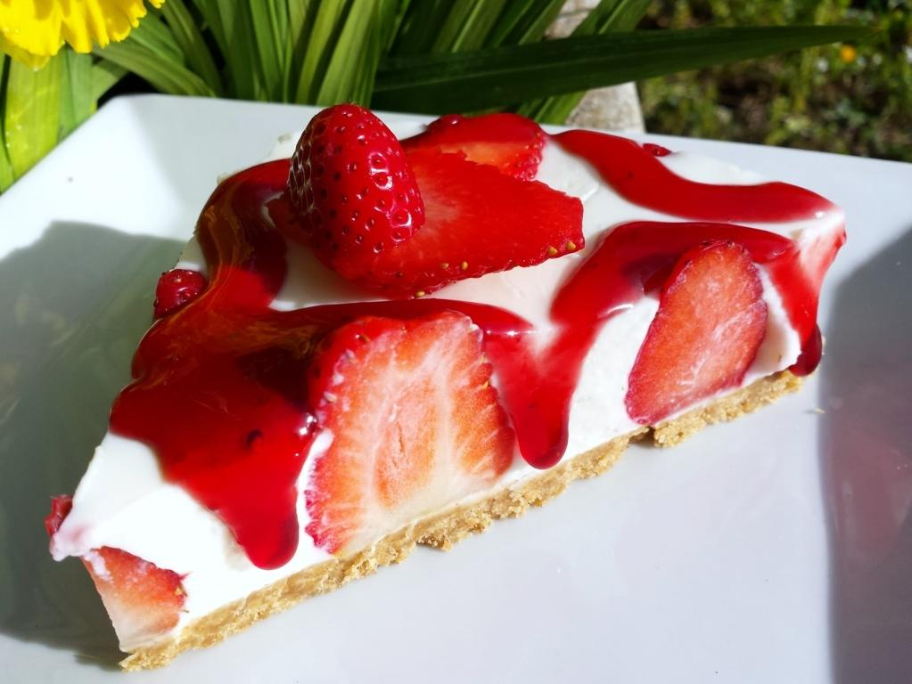 Cheescake light alle fragole, una fetta di dolcezza!