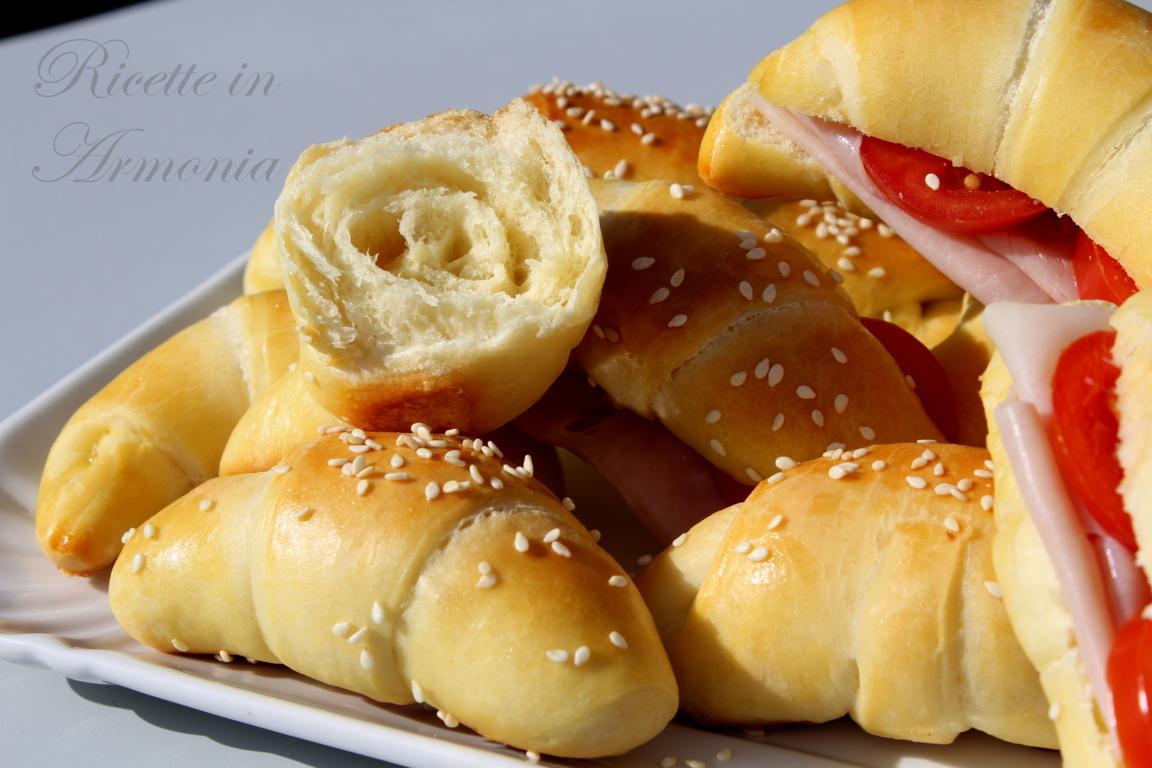 Panini croissant di pasta brioche