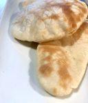 Pane arabo con pasta madre liquida