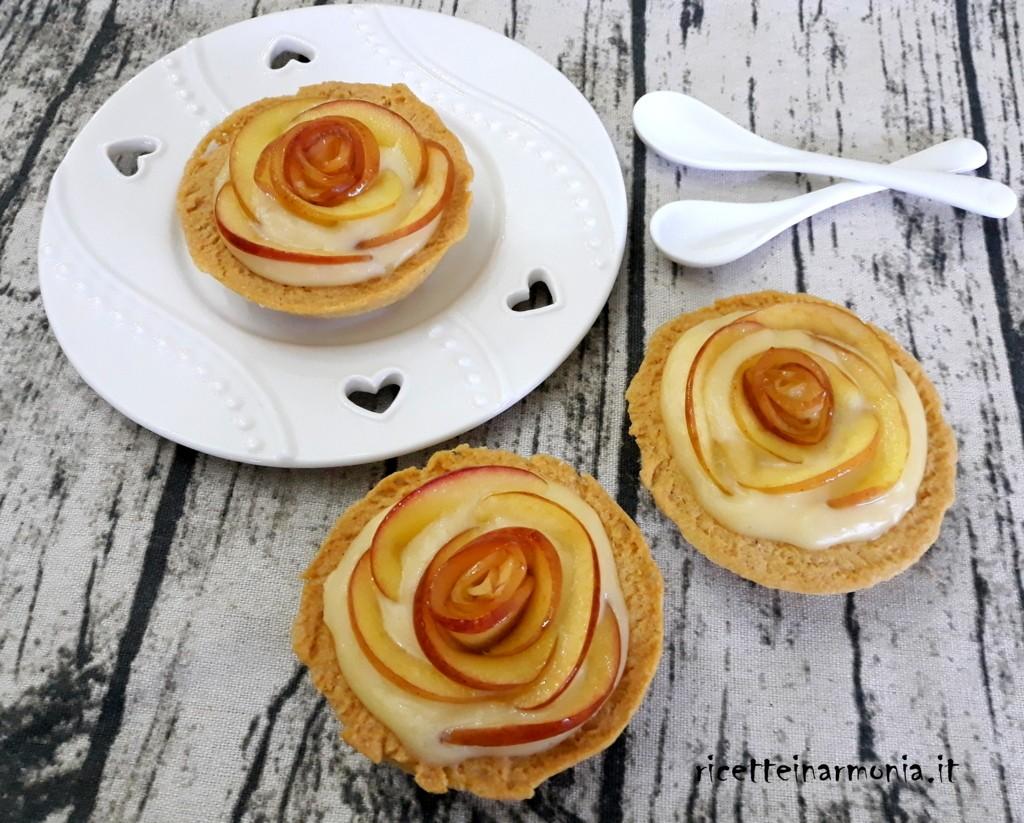 Crostatine di mele e crema pasticcera