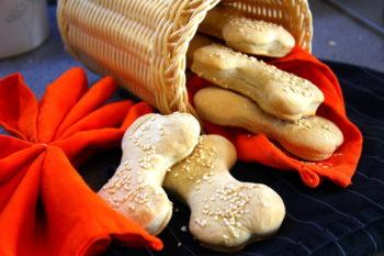 Ossa di pane snack di Halloween
