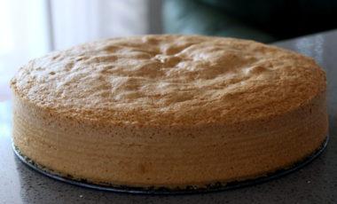 Pan di spagna senza lievito … la video-ricetta!