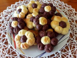 Bouquet di biscotti bicolore al cioccolato