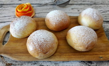 Brioches soffici all'acqua