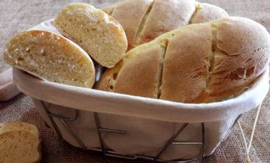 Filoni di pane fatti in casa