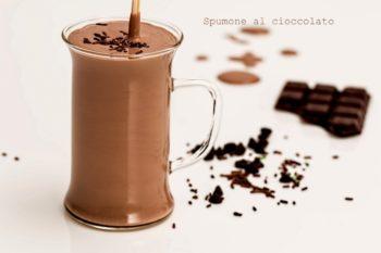 Spumone al cioccolato in 2 minuti