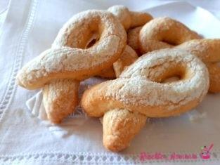 Biscotti di ricotta e limone morbidissimi