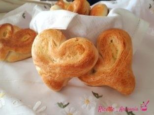 Cuori di pane all'olio
