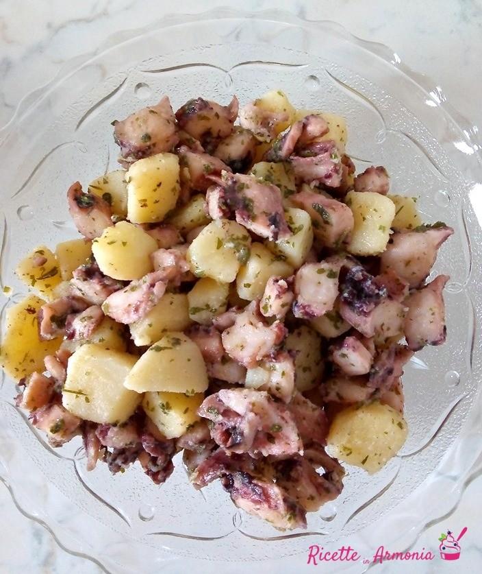 polpo con patate e prezzemolo