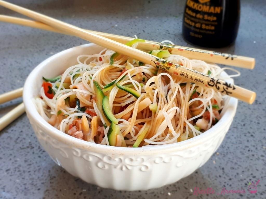 Ricetta Noodles Con Verdure E Carne.Noodles Ai Frutti Di Mare E Verdure Ricette In Armonia Ricette In Armonia