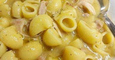 Pasta corta in crema di pollo alla siciliana